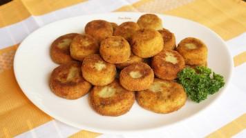 Chiftelute de cartofi cu parmezan si marar