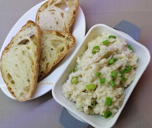 Salata de conopida cu usturoi si maioneza