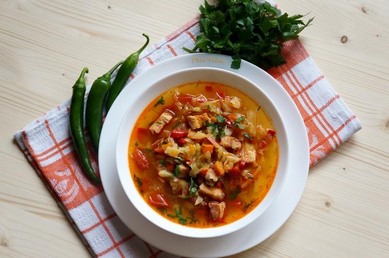 Ciorba de varza dulce cu legume si afumatura