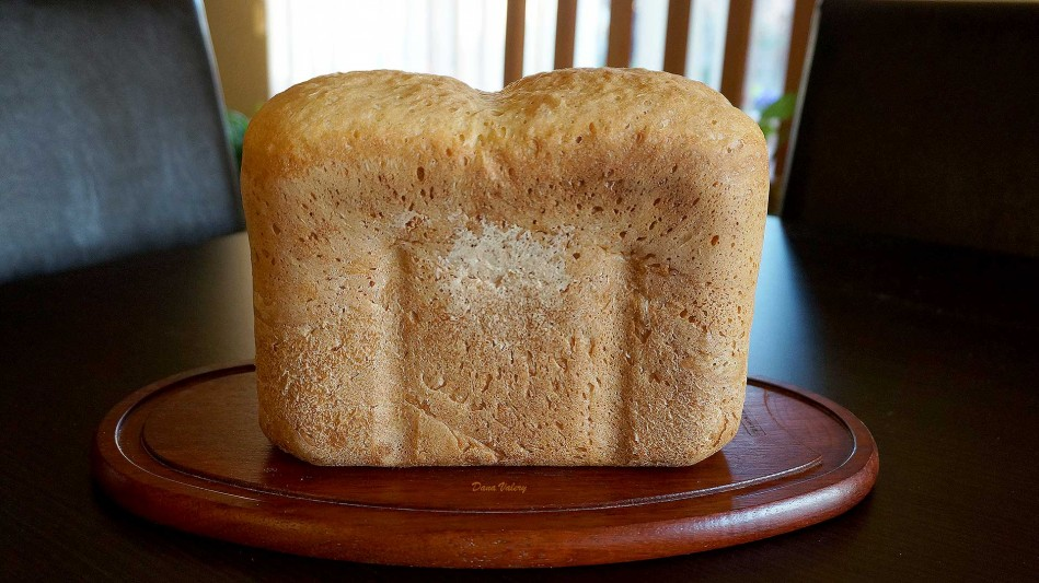 Paine de casa la masina de facut paine