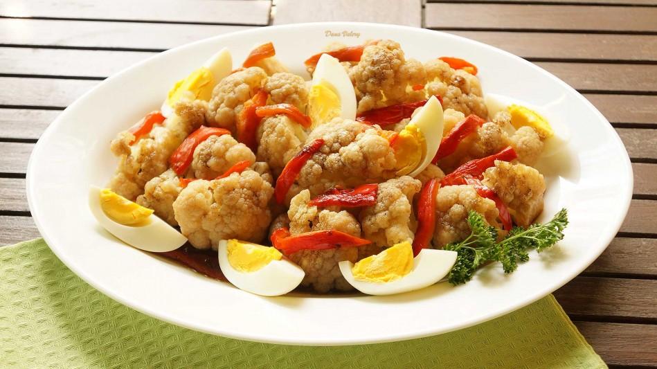 Salata de conopida cu ardei copt